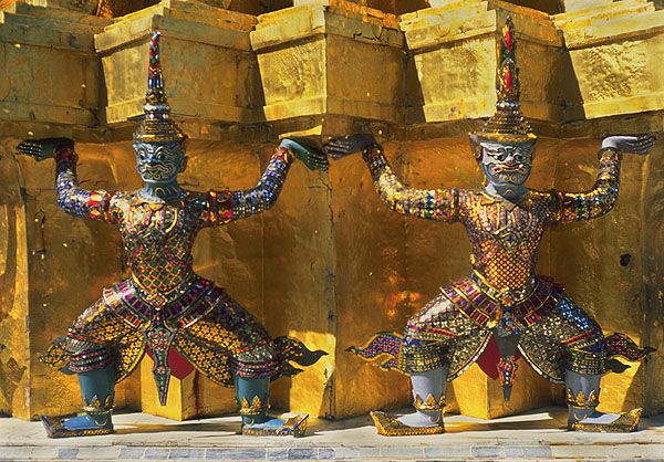 Supporting Figures<br>Grand Palace<br>Bangkok, Thailand: The Grand Palace, Bangkok, Thailand : Statues; Temples.
