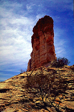 Chamber's Pillar<br>Northern Territory, Australia: Chamber's Pillar, Northern Territory, Australia : Geological Formations; Landmarks.