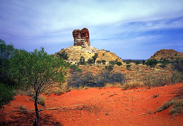 Chamber's Pillar<br>Northern Territory: Chamber's Pillar, Northern Territory, Australia : Geological Formations; Landscapes.