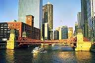 Touring the Chicago River :: Chicago, Illinois