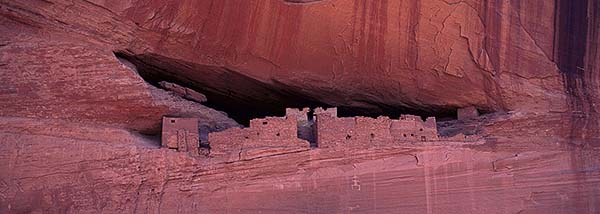 Anasazi Cliff Dwelling<br>Canyon De Chelly Navajo Park<br>Arizona, USA: Canyon De Shelly, Arizona, United States of America : Ruins and Restorations; Canyons.