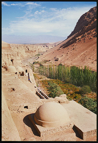 Bezeklik Thousand Buddha Caves  :: Turpan, Xinjiang: Bezeklik, Xinjiang, People's Republic of China : Ruins and Restorations; Landscapes.