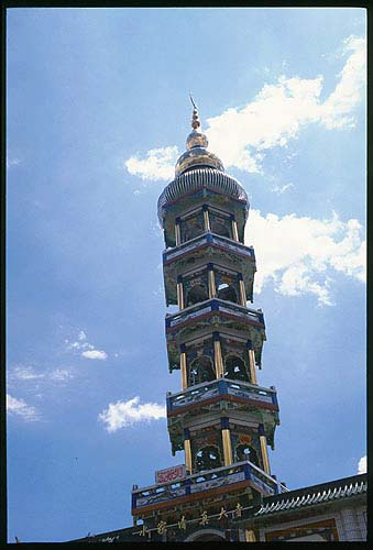A little more like a minaret.: Linxia to Lanzhou, Gansu, People's Republic of China : Buildings; Temples.