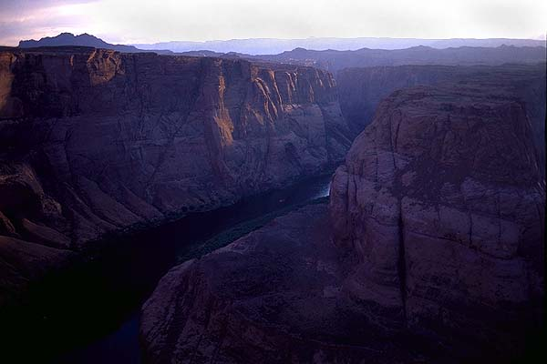 Horseshoe Bend<br>Glen Canyon<br>Arizona, USA: Glen Canyon, Arizona, United States of America : Canyons; Landscapes.