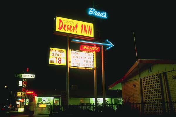 A coupl'a motels<br>Holbrook, Arizona: Holbrook, Arizona, United States of America : Motels and Motor Courts; Neon.