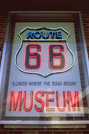 Route 66 Museum and Hall of Fame<br>Dixie Trucker's Home<br>North of Springfield, Illinois: Illinois Route 66, Illinois, United States of America : Signs; Neon.