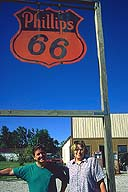 The locals :: Henry's Route 66 Emprium :: Staunton, Illinois