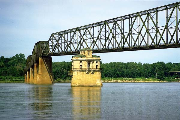 The Chain of Rocks Bridge<br>Crossing the Mississippi River to Missouri<br>Granite City, Illinois: Illinois Route 66, Illinois, United States of America : On The Road; Bridges.