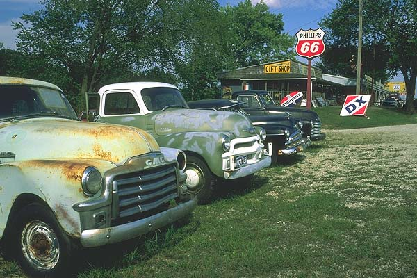 Route 66 Motors<br>Missouri: Missouri Route 66, Missouri, United States of America : Cars.