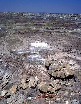 Bluffs at the Edge<br>of the Painted Desert<br>Petrified Forest National Park, Arizona: Petrified Forest National Monument, Arizona, United States of America : Geological Formations; Landscapes.