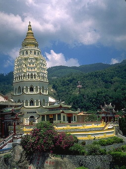 Temples of Penang<br>Penang, Malaysia: The Island of Penang, Peninsular Malaysia, Malaysia : Buildings; Temples.