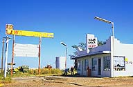 Once a gas bar :: Shamrock, Texas