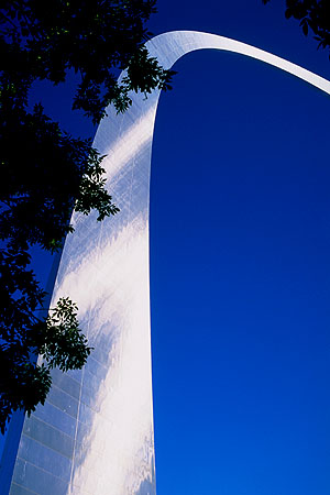 The St. Louis Arch<br>St. Louis, Missouri: St. Louis, Missouri, United States of America : Monuments; Engineering Feats.