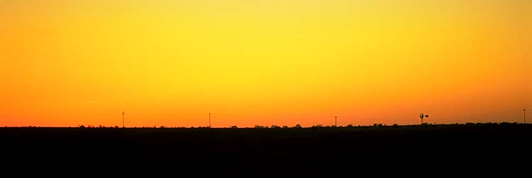 Rangeland sunset<br>near Alanreed, Texas: Texas Route 66, Texas, United States of America : Sunsets; Landscapes.