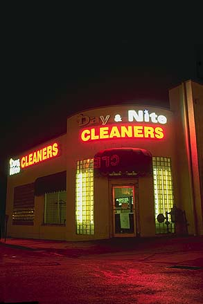 Art Deco Cleaners<br>with neon<br>Tulsa, Oklahoma: Tulsa, Oklahoma!, United States of America : Neon; Buildings.