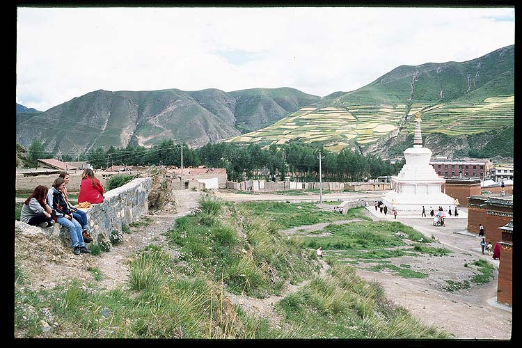 Clockwise around the Pagoda.: Xiahe -- Labrang Si, Gansu, People's Republic of China : People You Meet; Temples.