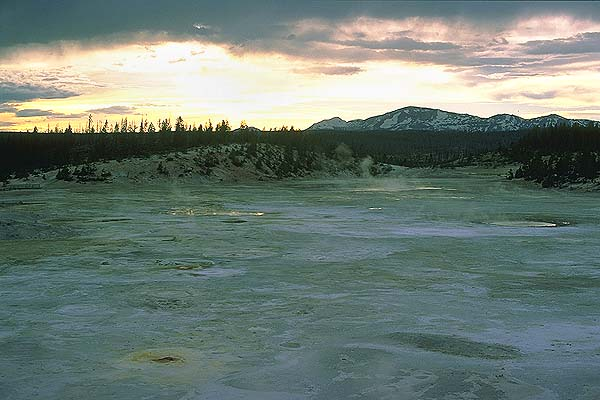 Yellowstone National Park<br>Wyoming, USA: Yellowstone National Park, Wyoming, United States of America : Geological Formations; Sunsets.