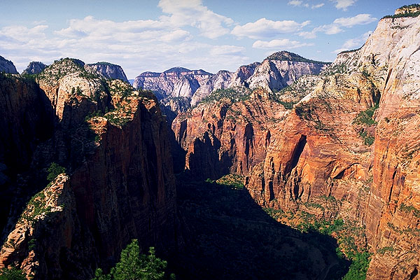 Northerly View toward The Temple of Sinawava<br>and The Narraows<br>Angel's Landing Trail<br>Zion National Park<br>Utah, USA: Zion National Park, Utah, United States of America : Geological Formations; Landscapes.