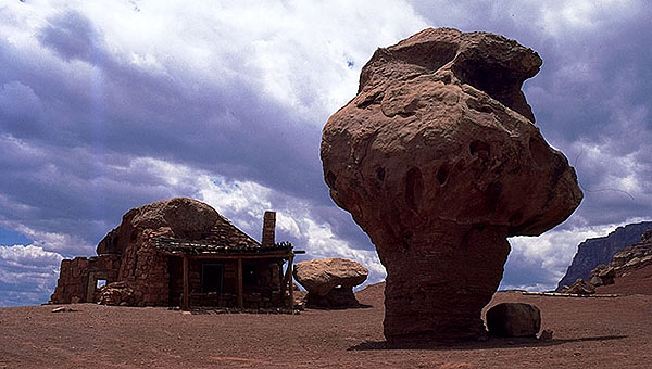 Rock Pillars<br>Near Marble Canyon<br>Arizona, USA: Arizona, United States of America : Geological Formations; Buildings.