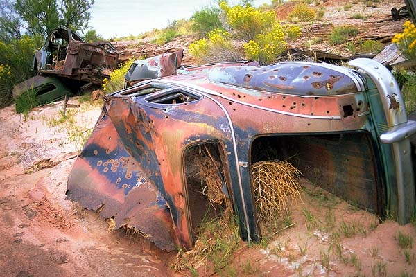 Road Warriors<br>Live Rust<br>near Holbrook, Arizona: Arizona Route 66, Arizona, United States of America : Cars; Ruins and Restorations.